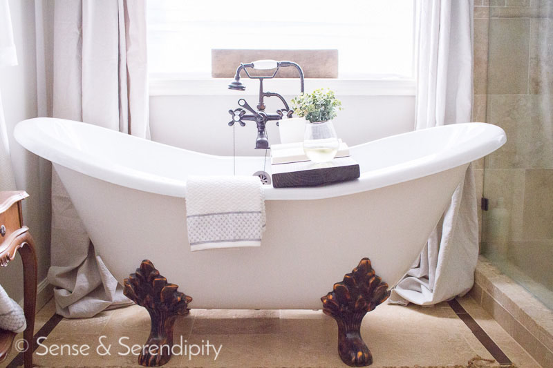 DIY Weathered Wood Bathtub Tray | Sense & Serendipity