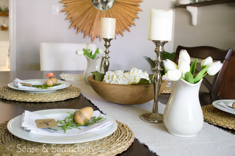 Simple & Sweet Easter Brunch Table Setting