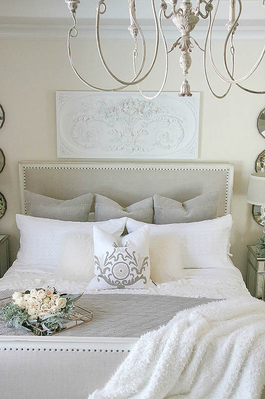 12 Essential Elements of a French Country Bedroom | Sense ...